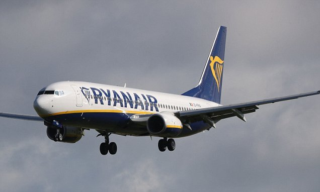 Holiday travel chaos as Ryanair cancels 600 flights over crew strike