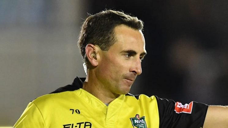Touch judge and pocket ref pay price for Canberra-Cronulla clanger