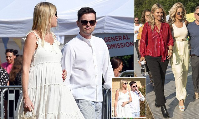 Declan Donnelly's pregnant wife Ali Astall displays her growing bump