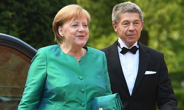 German chancellor Merkel goes glam to attend festival in Bavaria