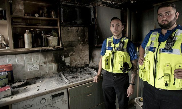 PCSOs hailed heros after saving mother and toddler from house on fire