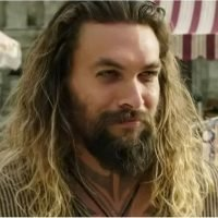 Every Sexy Jason Momoa Moment From the Aquaman Trailer, If You're Into That Sort of Thing