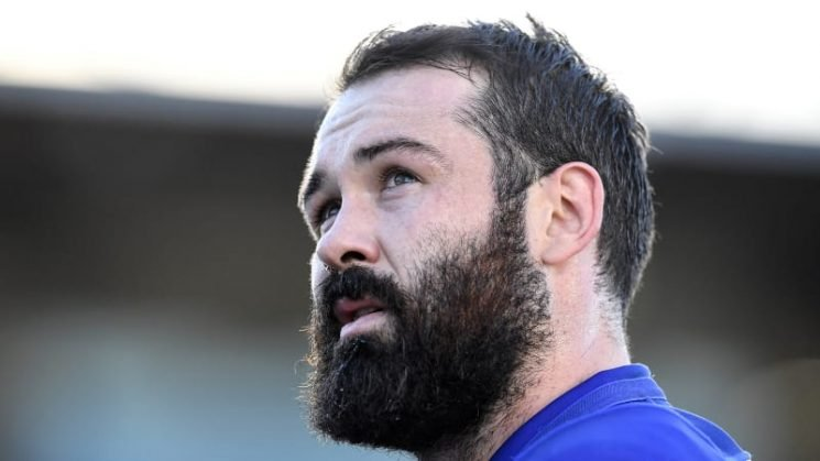 Woods to join Sharks on three-year deal