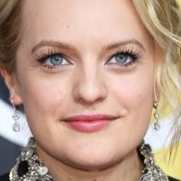 Elisabeth Moss' Date Night Makeup Look by Daniel Martin: Video