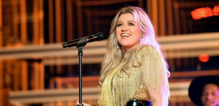 Kelly Clarkson Shares Adorable New Photos Of Son Remy And Daughter River Rose