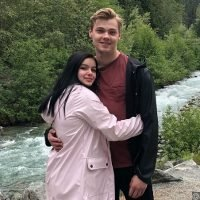 Ariel Winter Lets Beau Levi Meaden Rub Sunscreen on Her Booty in New Steamy Video