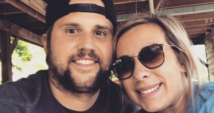 Mackenzie Standifer Posts Bump Pic as Ryan Edwards Remains in Jail