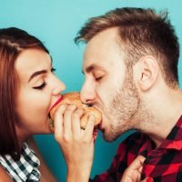 12 Foods Every Couple Must Bring To Bed