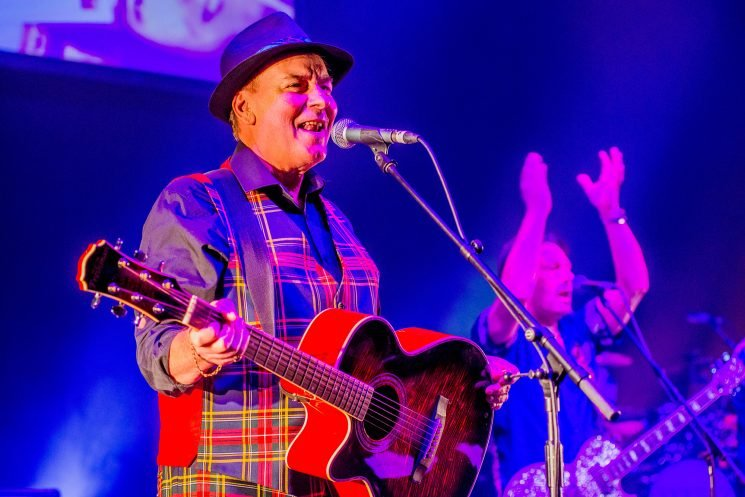 Bay City Rollers Co-founder Alan Longmuir Dead at 70: 'He Was an Extraordinary Man'