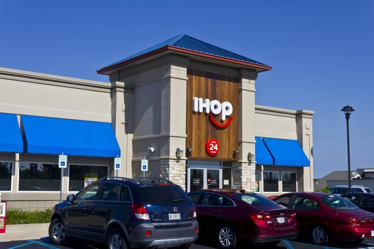 Police Wrongly Accuse 10 Black Students of Leaving IHOP Without Paying $62 Bill