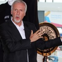 James Cameron backing museums' bid for Titanic artifacts