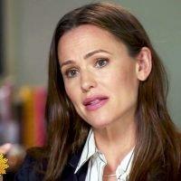 Jennifer Garner Opens Up About 'Stress' of Ben Affleck Divorce