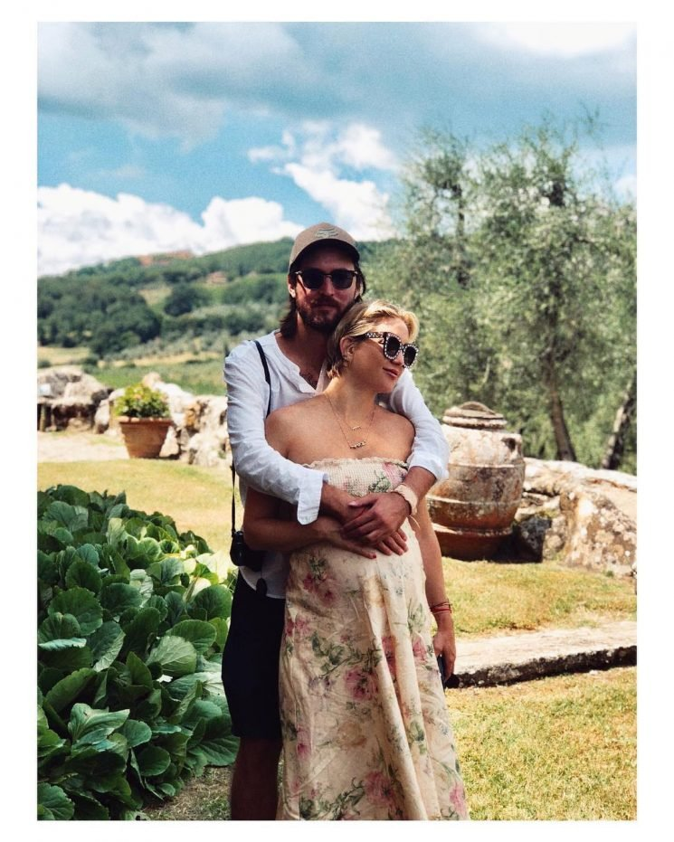 That's Amore! Pregnant Kate Hudson Snuggles Up to Boyfriend Danny as He Cradles Her Baby Bump in Italy