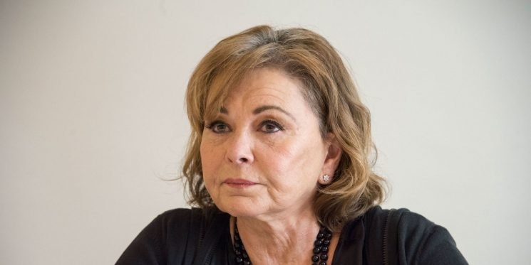 """Roseanne says ABC won't """"get anywhere near"""" her sitcom's ratings with spin-off"""