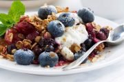 This Easy Blueberry Crisp Recipe Is So Nourishing You Can Eat It for Breakfast