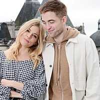 Are Robert Pattinson & Sienna Miller Dating? Friends Reportedly Think 'The Door Is Open'