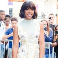 Kelly Rowland's Go-To Razor and More Shaving Products for Glowing Legs