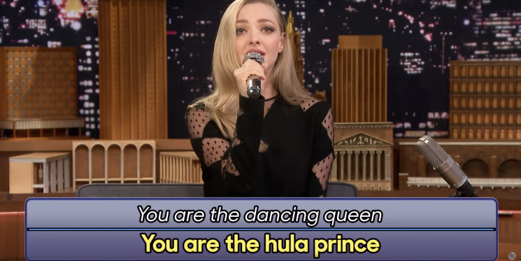 Watch Amanda Seyfried Singing Some Hilarious Google-Translated 'Mamma Mia!' Songs