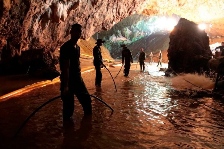 Teams prepare 'rescue operation' to save boys trapped in Thailand cave