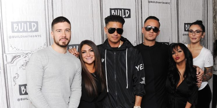 Holy Cow There Is A LOT Going on in This New 'Jersey Shore' Sneak Peak