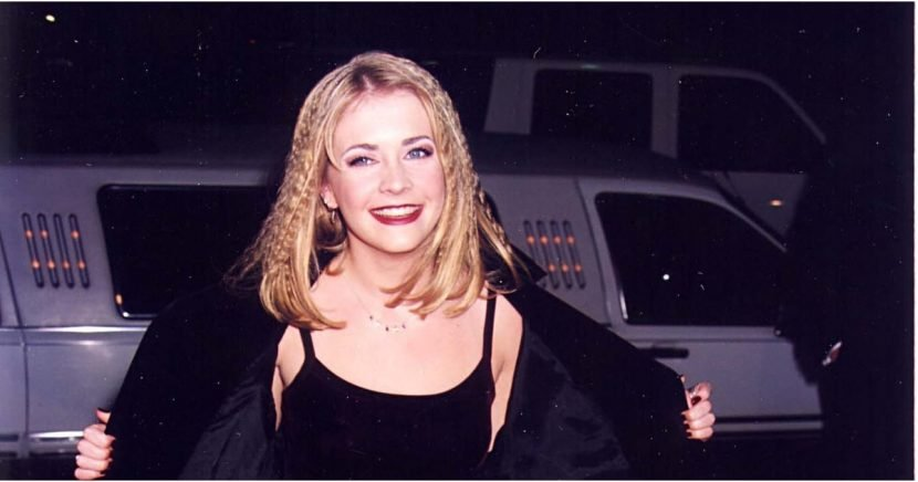 Melissa Joan Hart's '90s Beauty Style Was Pure Magic