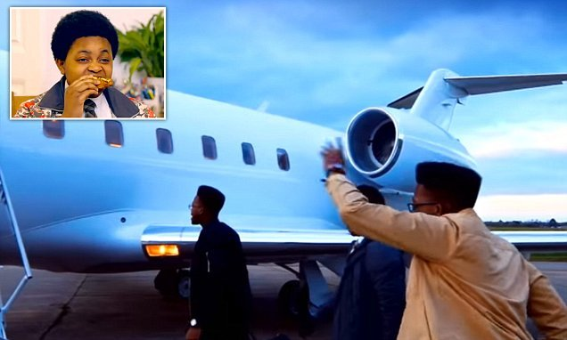 The Chicken Connoisseur swaps fast food shops for private JETS
