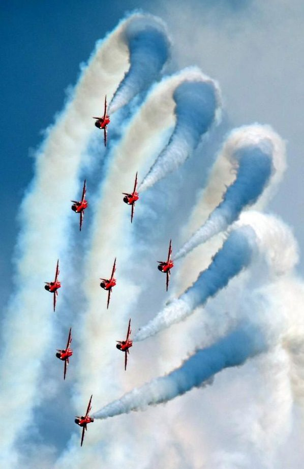 Red Arrows' incredible display lights up the sky at the 30th Sunderland Airshow