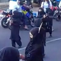 Children in ISIS style costumes for Indonesia parade forces nursery apology