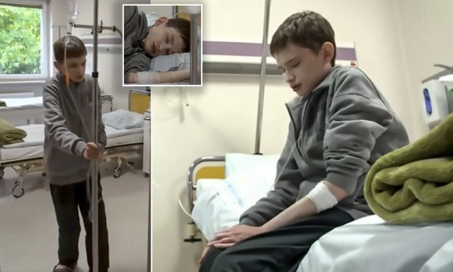 The man trapped in a boy's body: Disease makes man ,25, look just 12