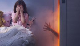 Doctors Suggest That Sleeping In A Warm Room May Cause Nightmares