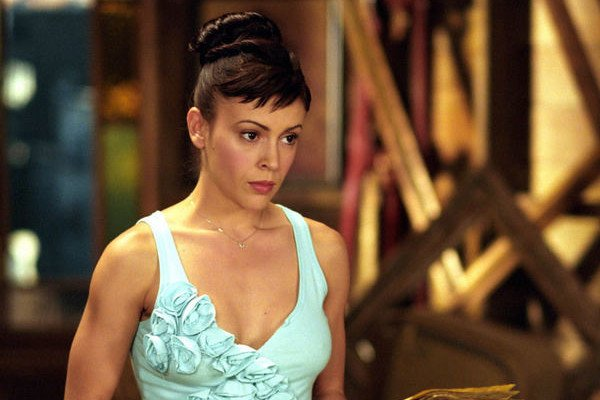 Alyssa Milano Won't Appear On The 'Charmed' Reboot, And There Goes Its Chance To Redeem Itself