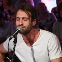 Hear Ryan Hurd's Romantic New Song 'To a T'