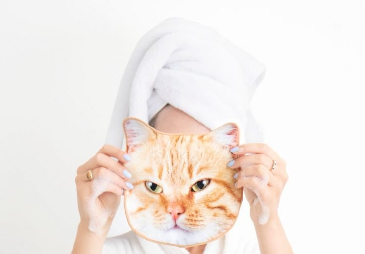 These Cat Face Towels Will Make Washing Off Your Makeup WAY More Fun