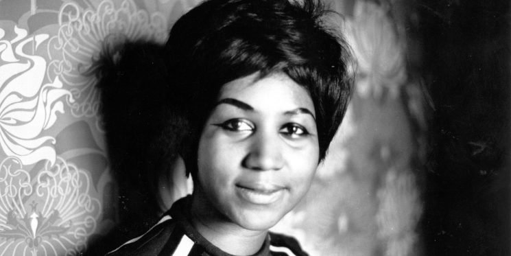 Celebrities and Musicians Are Tweeting Messages of Remembrance for Aretha Franklin