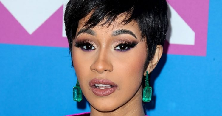Cardi B Poses Nude Six Weeks After Giving Birth to Daughter Kulture