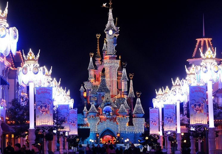 22 People Accidentally Poisoned by Bad Mix of Chemicals in a Disneyland Paris Resort Pool