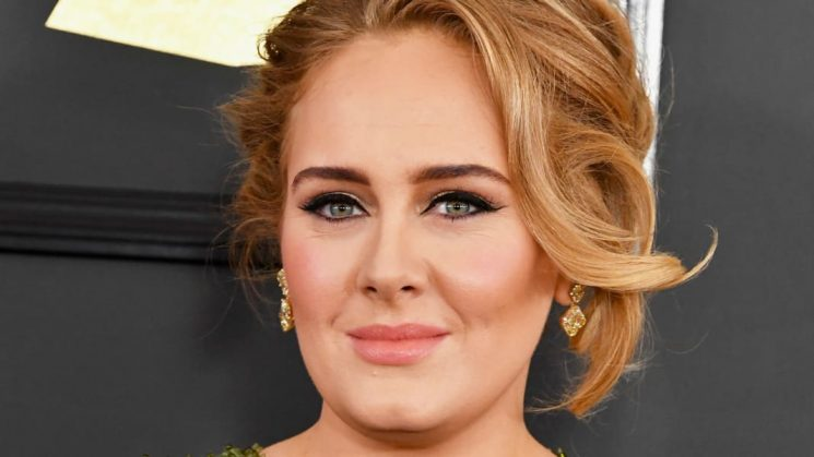 Adele Offers Support for BFF Diagnosed With Postpartum Psychosis