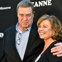 John Goodman doesn't think Roseanne Barr is racist