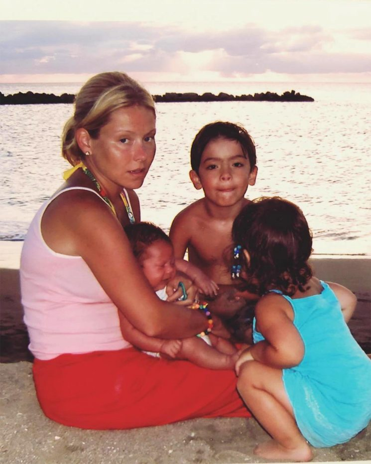 Kelly Ripa Hilariously Reminds Parents How Traveling with Kids 'Is a Trip Not a Vacation'
