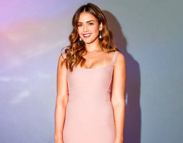 Jessica Alba Is a Beauty in Blush and More Best Dressed Stars