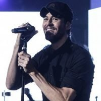 Aw! Watch Enrique Iglesias Make His Twins Burst Into Giggles