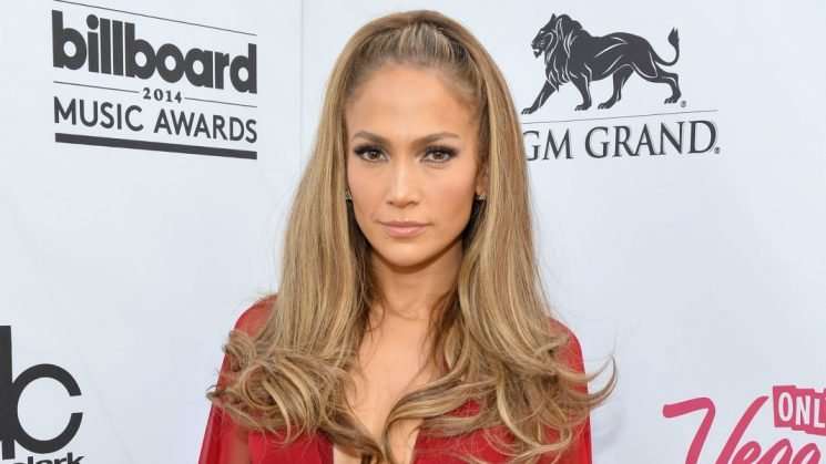Celebs Can't Stop Wearing This Hairstyle