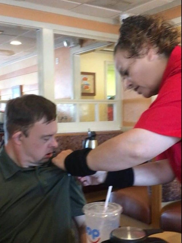 Texas IHOP waitress's kind deed for man with Down syndrome goes viral
