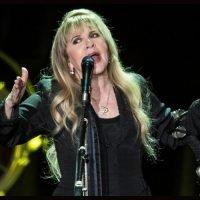 Stevie Nicks Returns To Instagram
