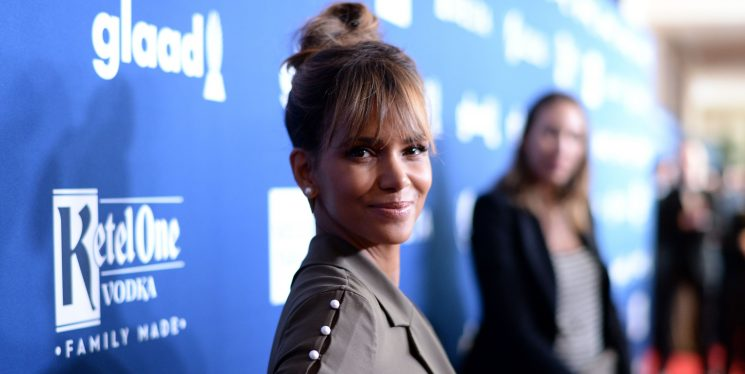 Halle Berry Says She's Really Into Intermittent Fasting On The Keto Diet