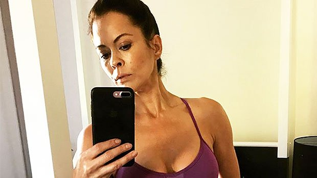 Brooke Burke's Trainer Spills Easy Diet Tip That Can Help You Lose Up To A Pound A Day