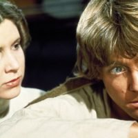 Mark Hamill reacts to Carrie Fisher's Star Wars Episode 9 return
