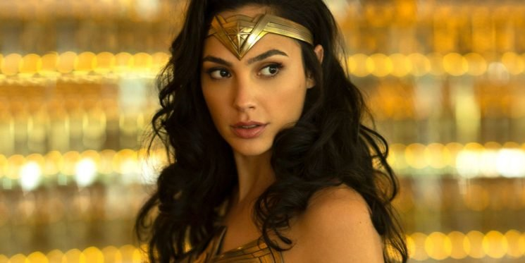 Gal Gadot shows support for young schoolboy dressed as Wonder Woman
