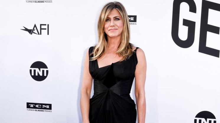 Jennifer Aniston Reminds Everyone That She's Not 'Damaged Goods'