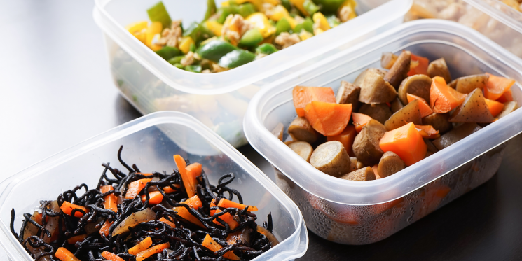 Attention Meal Preppers: Rubbermaid Containers Are On Sale Right Now